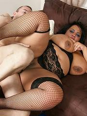 Cute black masseuse pleases her client