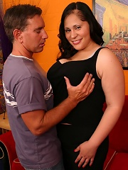 BBW model Teedra unleashes her huge rack and goes down on her knees to swallow a meaty cock